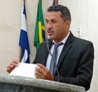 Vereador Fernando da Lusiana solicita reforma e ampliação de escolas nos povoados Pedra do Rumo e Lusiana.