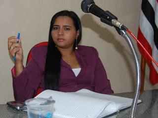 Natália Silva Medeiros da Costa - 2º Secretário